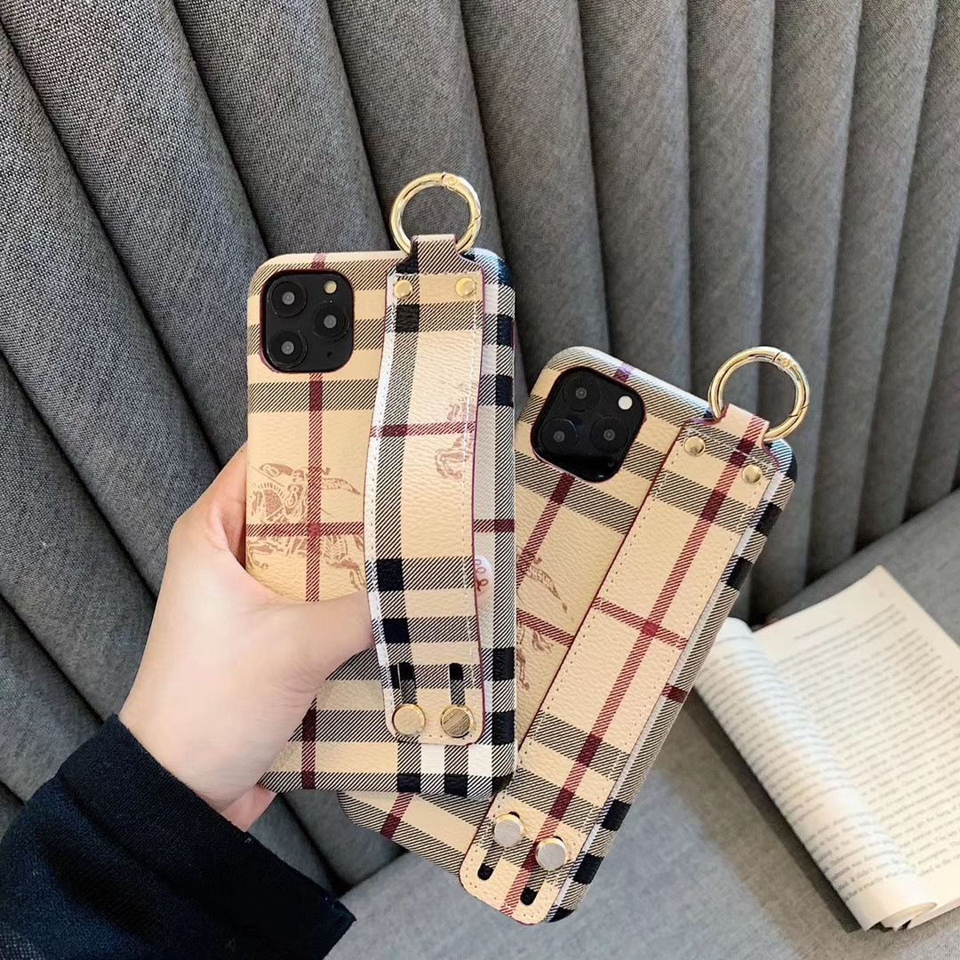 バーバリー burberry iphone11 pro max ケース